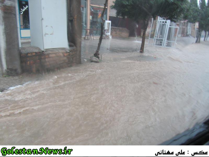 آب گرفتگی معابر آزادشهر