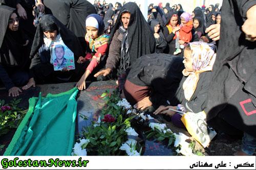 تشییع و خاکسپاری پیکر مطهر 2 شهید گمنام در سنگدوین/3